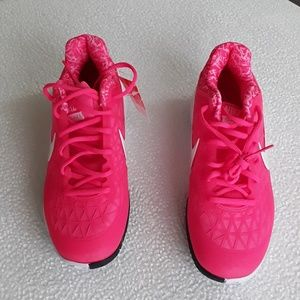 Nike zoom cage 2 sneakers